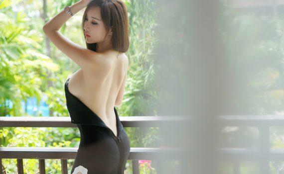 YOUMI Vol.058 土肥圆矮挫穷 (Tufei Yuan Ai Cuo Qiong)