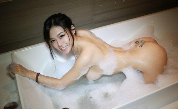 XiuRen No.024 luvian本能
