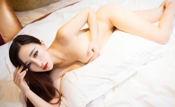 XiuRen No.352 邹晶晶女王 (Zou Jing Jing Nou Wang)