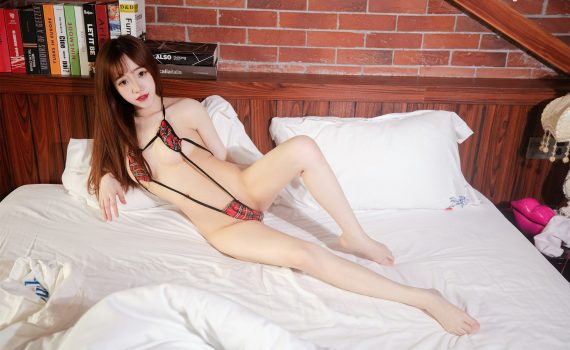 XiuRen No.1004 龙泽美曦 (Long Ze Mei Xi)
