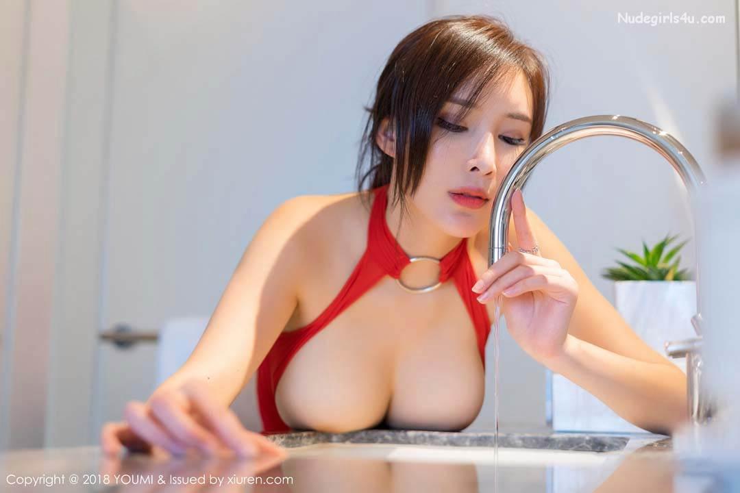 YOUMI Vol.246 土肥圆矮挫穷 (Tufei Yuan Ai Cuo Qiong) – 奶瓶土肥圆矮挫丑黑穷